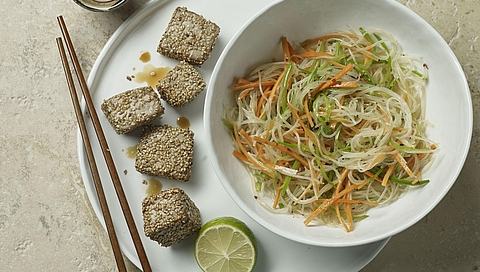 Grilled tuna in sesame seeds on Thai glass noodles from the 10 | 10 retailer edition