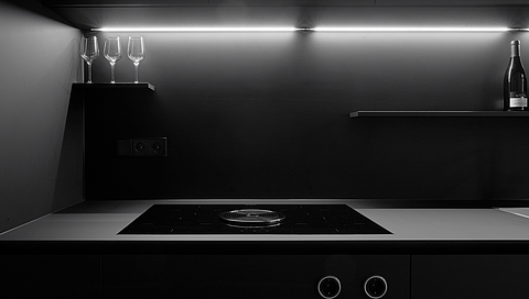 BLACK KITCHENS - ON THE TRAIL OF THE DESIGN TREND