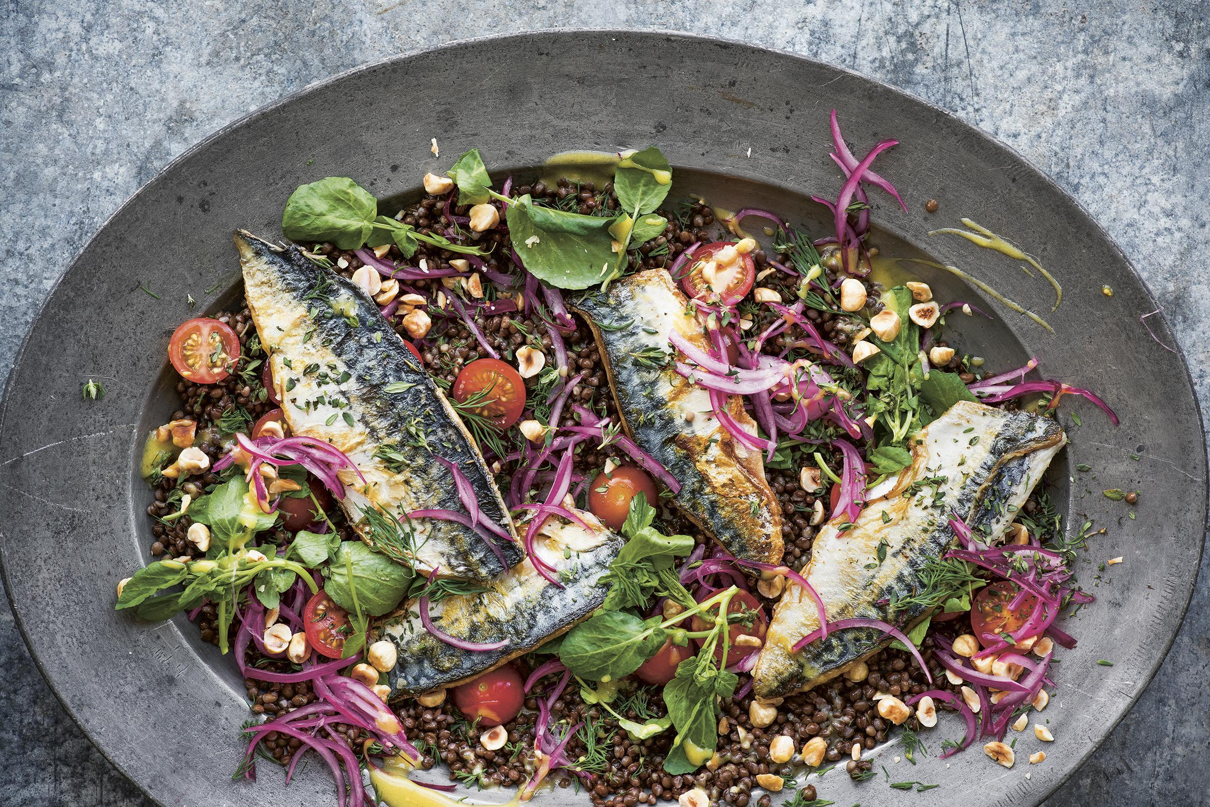Lentil salad with pan-fried mackerel & hazelnuts