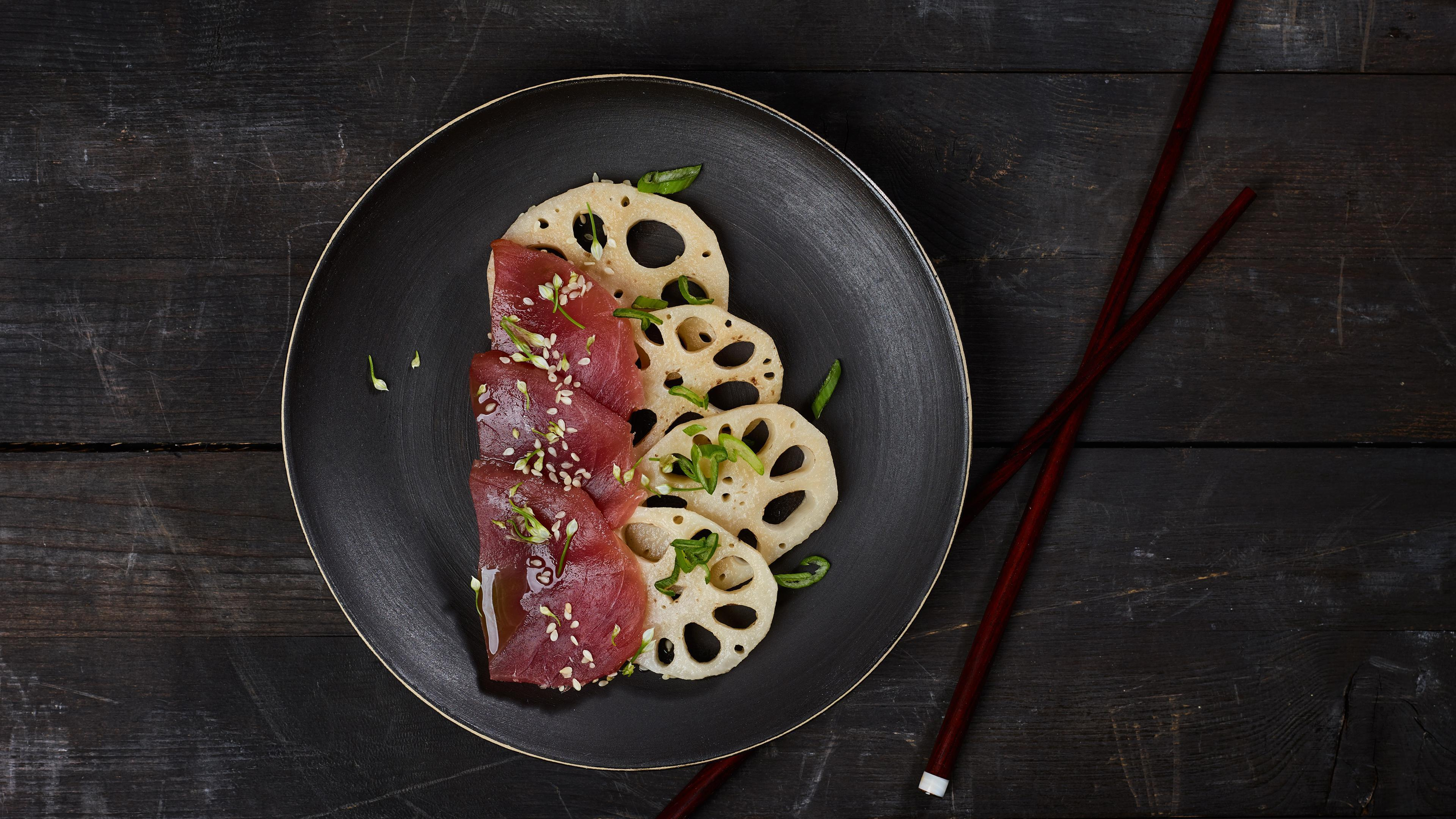 Tuna sashimi with lotus root